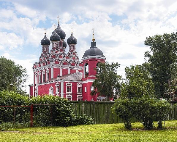 В Москве этому чудотворному образу можно помолиться в храме Тихвинской иконы Божией Матери в Алексеевском