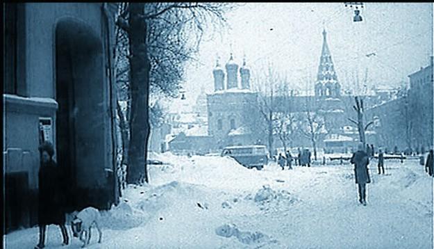 Храмы часто появлялись в кадрах советских фильмов. А порой имели прямое отношение и к самому кинопроизводству.