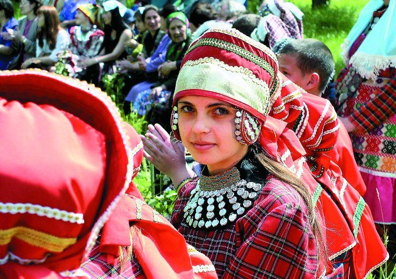 Знаете ли вы, что в России существует больше сотни сел, население которых официально именуется крещеными татарами