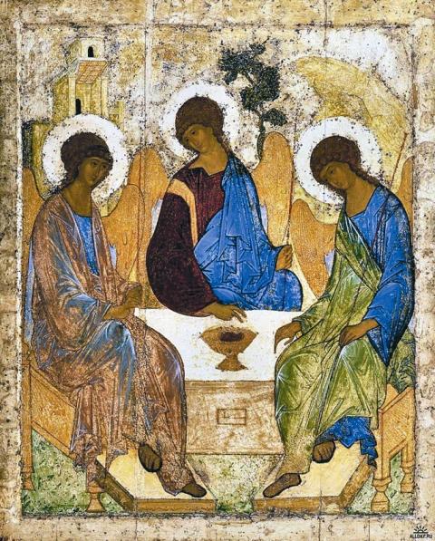 Знаменитая «Троица» Рублева до Октябрьского переворота находилась в иконостасе Троицкого храма Лавры