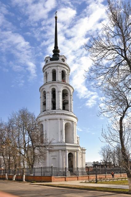 Колокольня Воскресенского собора – вторая по высоте в России после звонницы Петропавловской крепости