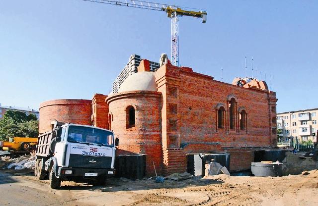 Строительство храма. Июль 2012 года