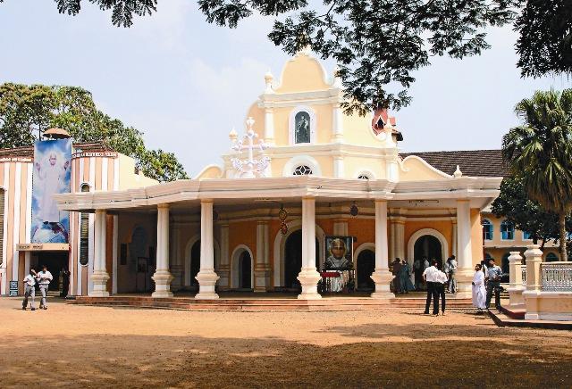 На месте мученической смерти Святого Фомы в Мелипуре теперь стоит католический храм