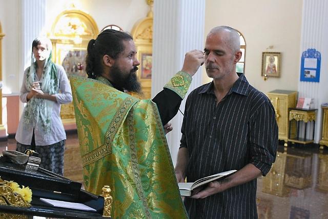 На острове  Пхукет гражданин США перешел из католичества в православие
