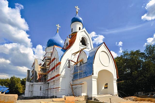 Строящийся храм в Орехове-Борисове