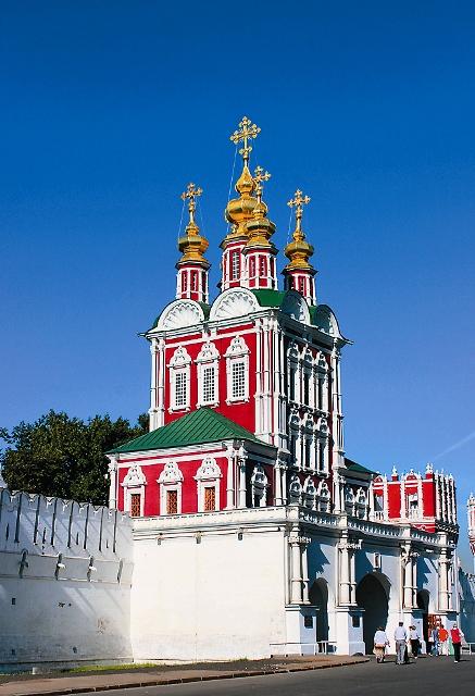 Преображенская надвратная церковь 1687 - 1688 гг