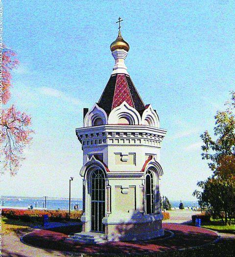 Проект часовни Святых Царственных страстотерпцев на месте разрушенного Владимирского собора