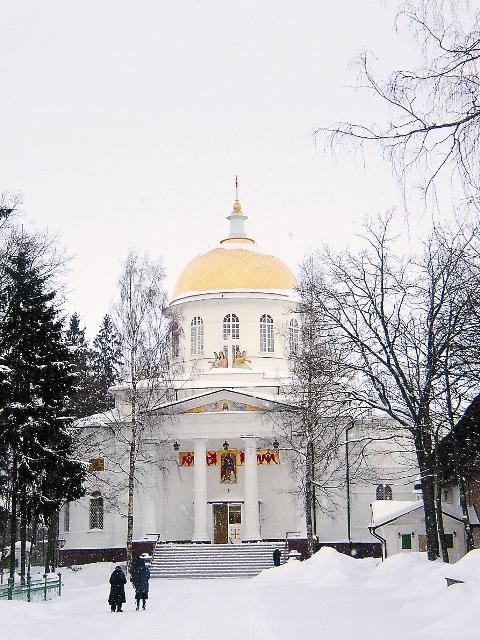 Десница святой мученицы Татьяны хранится в Михайловском соборе Псково-Печорского монастыря