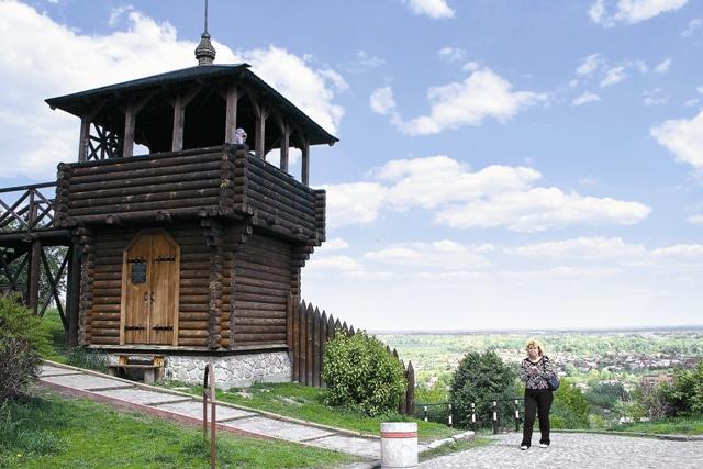 Реконструированная крепостная башня