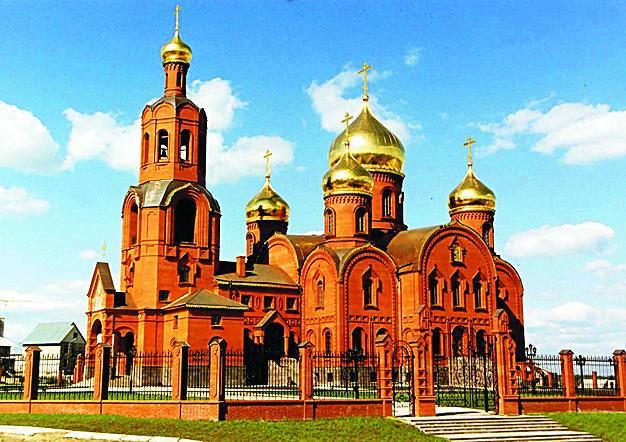 Спасо-Преображенский собор в г. Губкине Белгородской области;