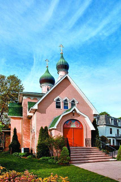 Среди прихожан немало православных студентов, выпускников и преподавателей Гарвардского университета