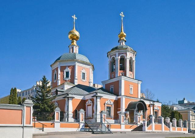 Храм Троицы Живоначальной в Троицкой слободе