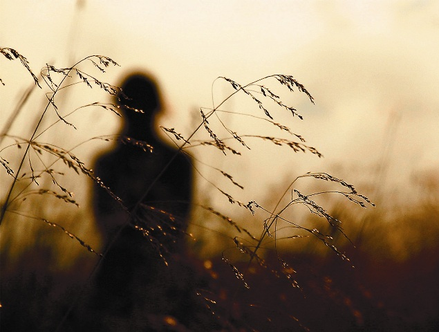Безбожник, живущий одними земными, плотскими радостями, чувствует пустоту и тоску. Человек, верующий в Бога, никогда себя одиноким не ощущает, с ним всегда Бог