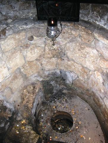Устье колодца