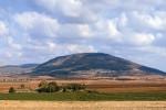 Гора Фавор, земное небо, отрада души и услаждение глаз православных людей. Ибо этой горе присуща преосеняющая ее некая божественная благодать, от того она и возбуждает духовную радость