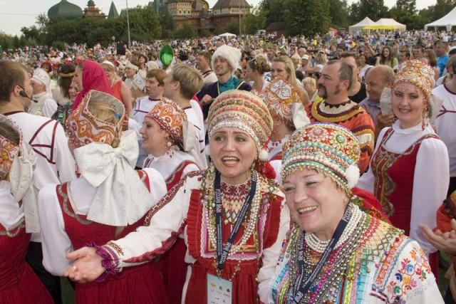 Творческие коллективы из регионов России, гости и зрители соберутся в самый большой в мире русский хор