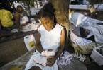 Спустя три года после катастрофы cтрана так и не пришла в себя. Многие семьи по-прежнему живут в палатках, в городах царит разруха, а большая часть населения живет впроголодь