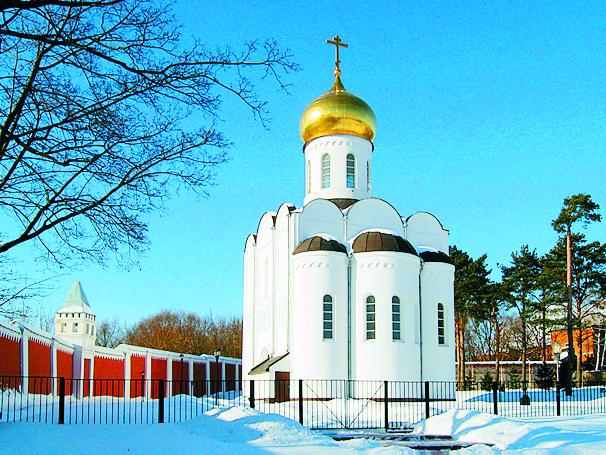 В 2002 году был возведен новый храм во имя преподобного Пимена Угрешского