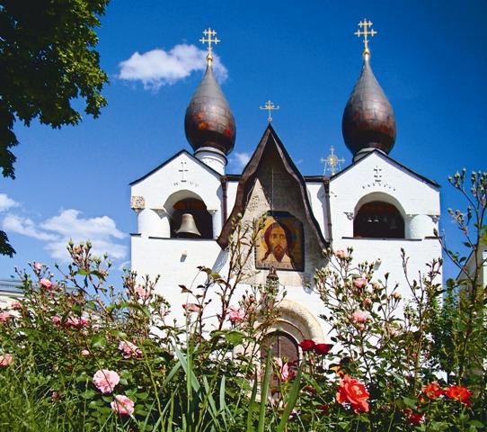 Храм Покрова Божией Матери в Марфо-Мариинской обители