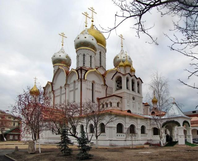Собор Рождества Пресвятой Богородицы в Зачатьевском монастыре Москвы;