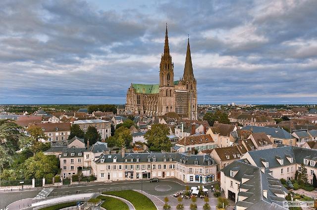Франция, Шартр, собор Нотр-Дам де Шартр (полотно длинной 2 м, шириной 46 см)