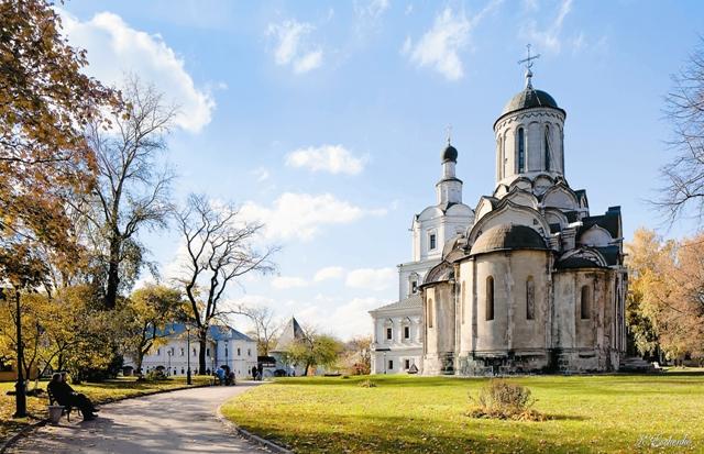 Не раз был сожжен, разорен, разрушен «зело прекрасный» Андроников монастырь, а ведь его расписывал сам Андрей Рублев.