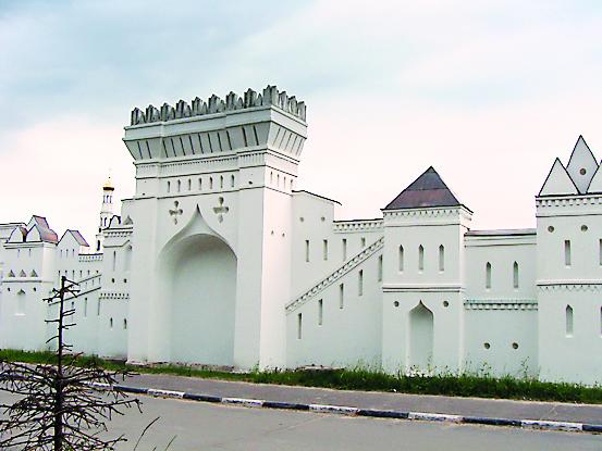 «Палестина» – северный участок монастырской стены, на котором изображен древний город