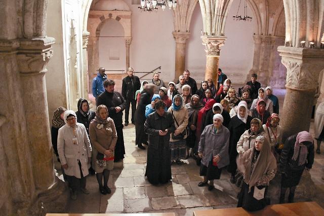 Церкви Христовой уже более двух тысяч лет, а начиналась она с маленькой горстки людей, собравшихся однажды в доме на горе Сион