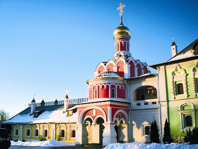Церковь святых Царственных Мучеников и Страстотерпцев