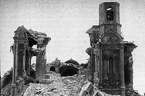 Только сила огромного взрыва 5 декабря 1931 года окончательно уничтожила храм Христа Спасителя, превратив его в груду развалин