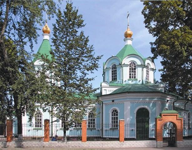 Кафедральным собором Полтавы считается скромный Свято-Макариевский храм. В нем находится Горбаневская чудотворная икона Пресвятой Богородицы и особо почитаемая Каплуновская икона