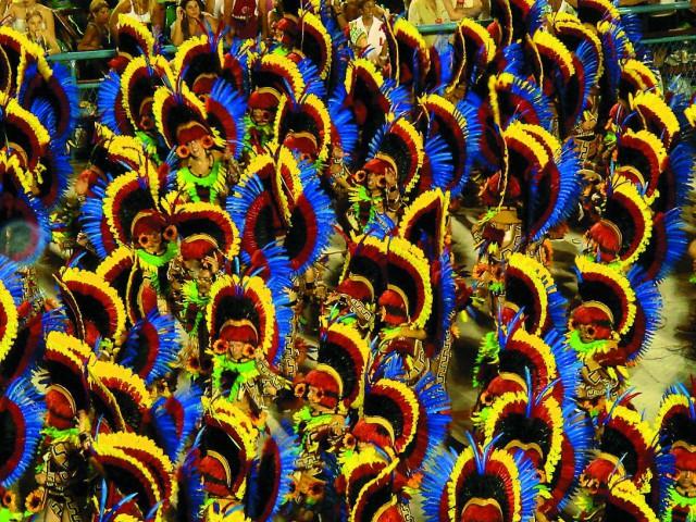 Gеред началом Великого поста, вся Бразилия погружается в самый шумный, яркий и феерический праздник на планете