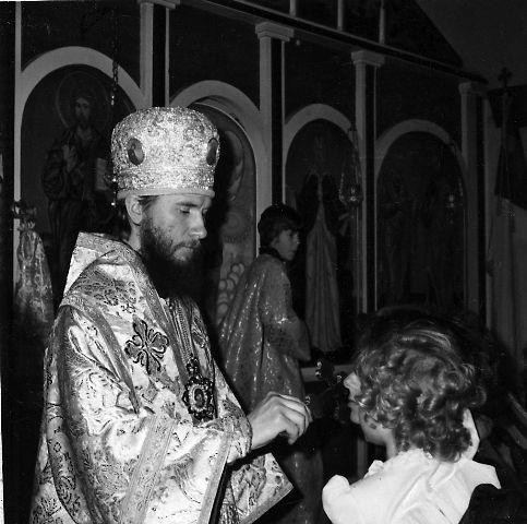 Епископ Серпуховской Климент, управляющий приходами Московской Патриархии в Канаде и США в Ильинском храме в г. Батл-Крик (США, штат Мичиган), 13 марта 1983 года