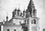 Величественный храм, вмещавший до 1000 человек, был главным военным собором Москвы.