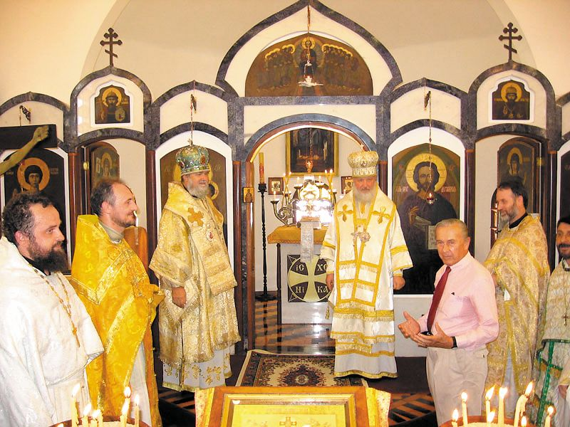 Освящение храма митрополитом Кириллом, 2006 г.