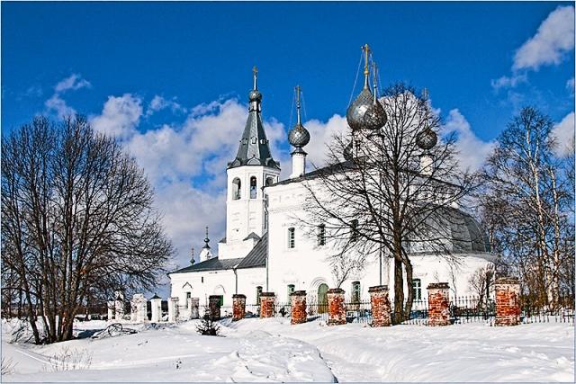 Храм во имя святителя Иоанна Златоуста  в селе Годеново