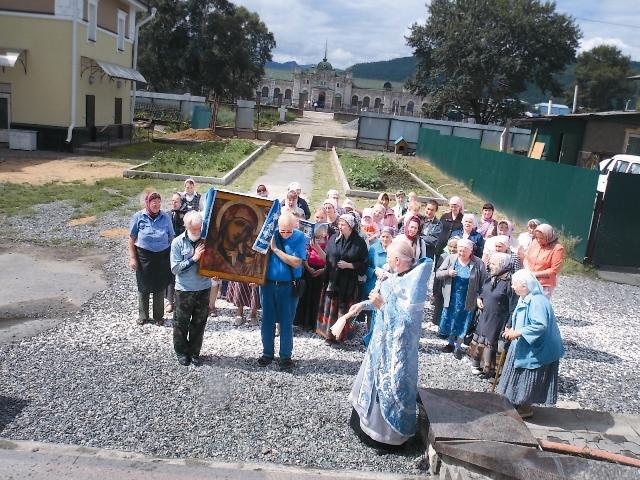Крестный ход с Казанской иконой (6)