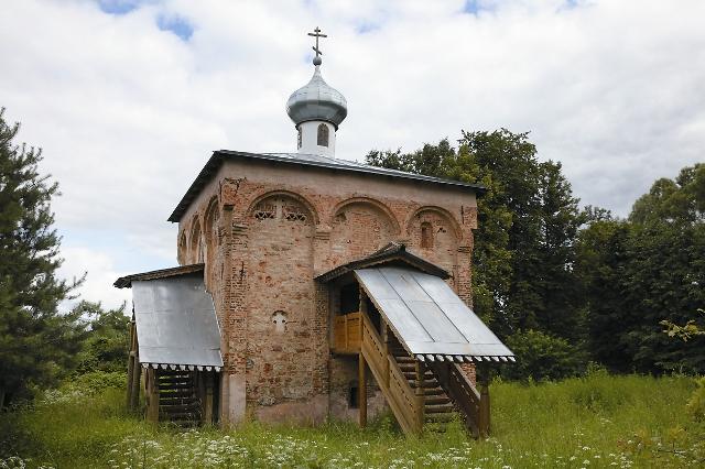 Храм великомученика Мины