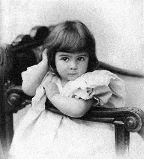 Мария Соколова в детстве