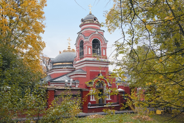 Храм во имя иконы Божией Матери «Знамение» в селе Аксиньине хранит икону из разрушенного Казанского Головинского монастыря