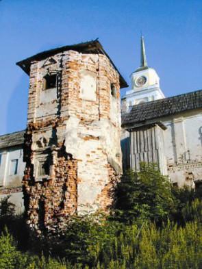 Так выглядел монастырь, когда его передали церкви