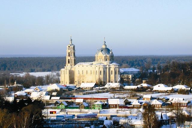 Троицкий храм в поселке Гусь-Железный - самый большой сельский храм России