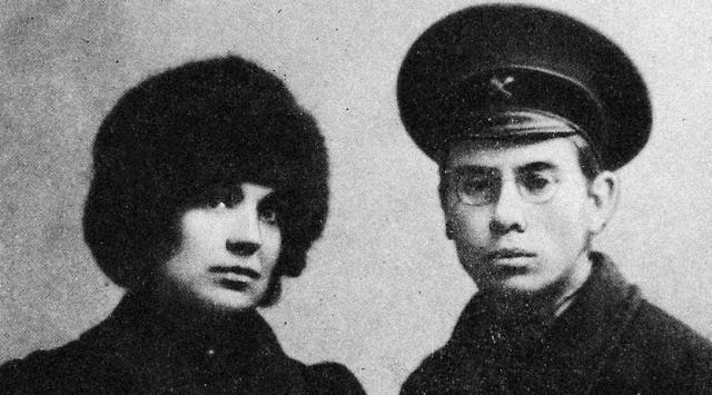Петр Дмитриевич Барановский с первой женой Евдокией Ивановной. 1913 г.