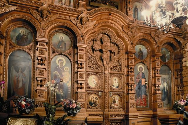 Внутреннее убранство Казанского храма