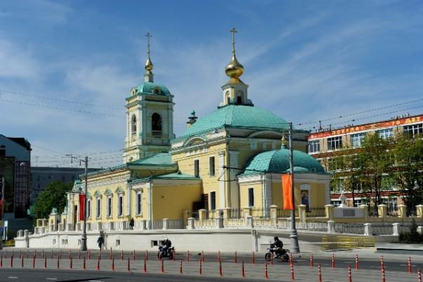 Восстановленный храм Преображения Господня