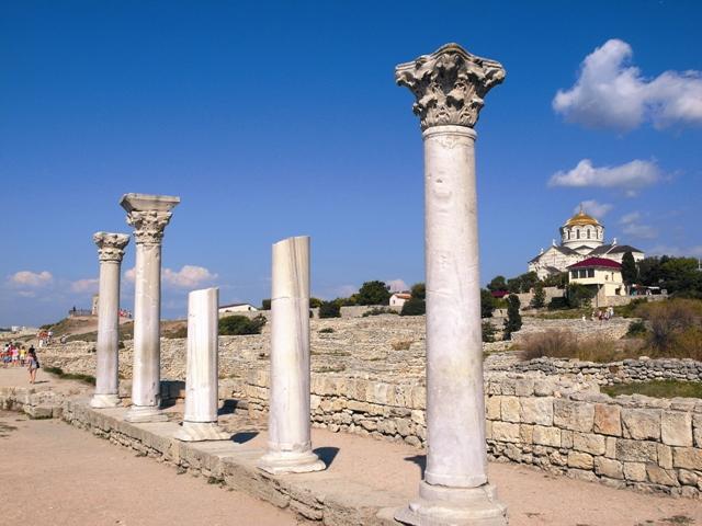 Развалины базилики в Херсонесе