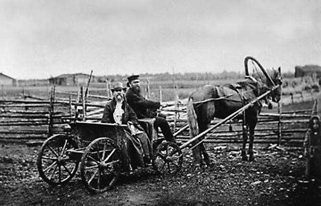 Иоанн Кронштадтский в селе Сура. 1891 г.