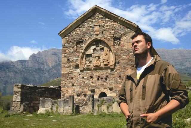 Уже сейчас в этот заповедный уголок Кавказа приезжают туристы и паломники