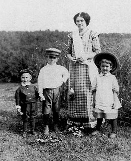 Софья Сергеевна Белецкая взяла на себя подвиг воспитания детей Валентина Войно-Ясенецкого после смерти его жены