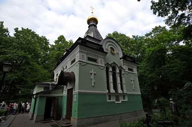 Часовня Ксении Петербургской на Смоленском кладбище